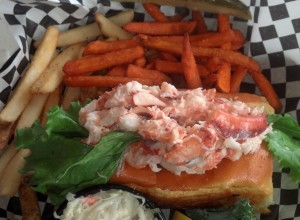 Stewman's Classic Lobster Roll